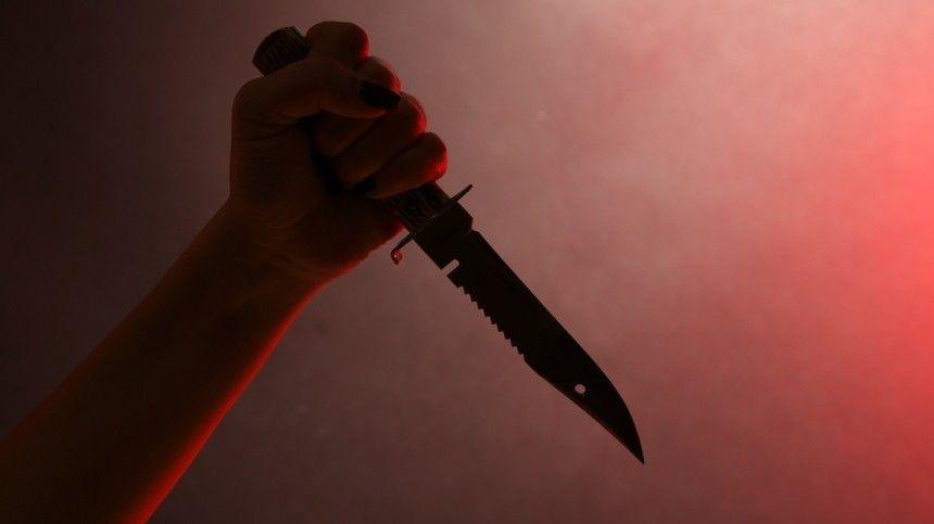 В Петербурге подросток вонзил нож в спину друга