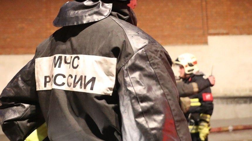 Пожар вспыхнул в жилом доме в центре Москвы