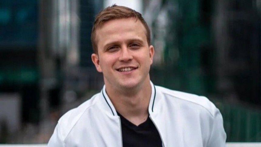Звезда «Молодежки» попал в ДТП на новом Infinity за три миллиона рублей