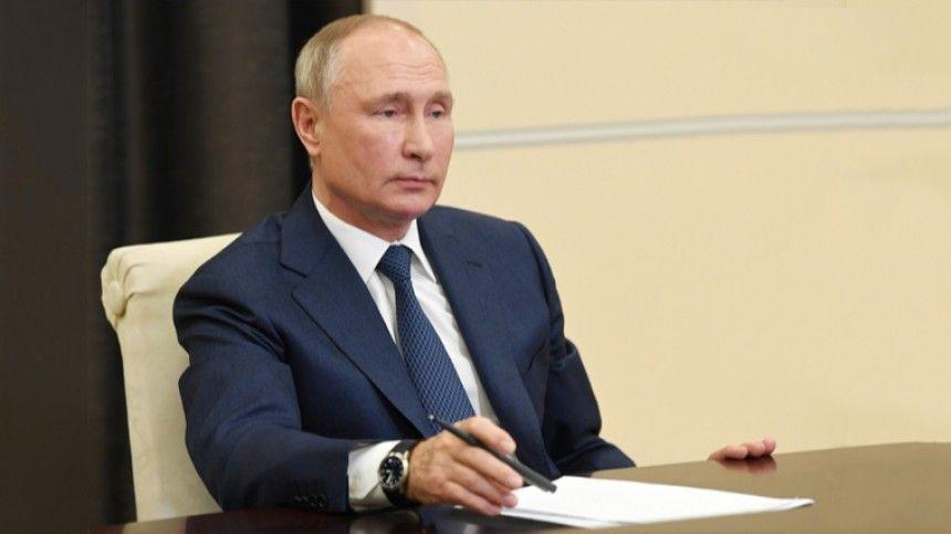 Песков рассказал о правилах на встречах с Путиным в период пандемии