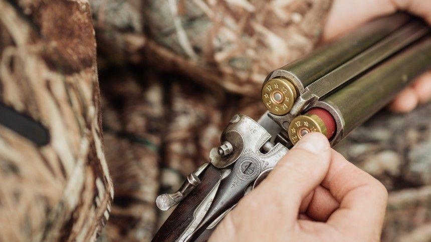 Подполковник полиции застрелил приятеля на охоте в Ленобласти, приняв за лося
