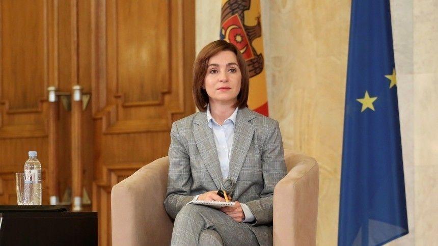 Избранный президент Молдавии Санду принесла присягу и вступила в должность