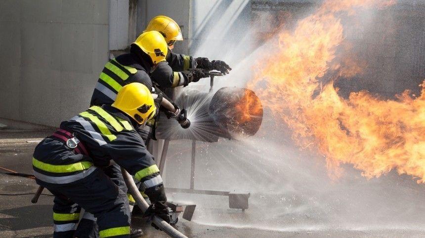 Двое детей и двое взрослых погибли при пожаре в жилом доме в Тобольске