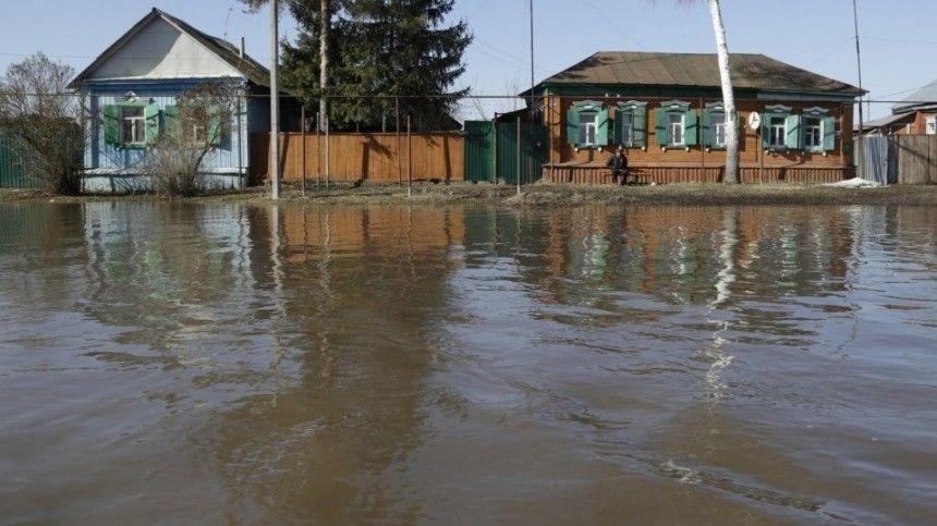 Атака стихии: Приамурье и Урал накрыла волна сильнейших паводков