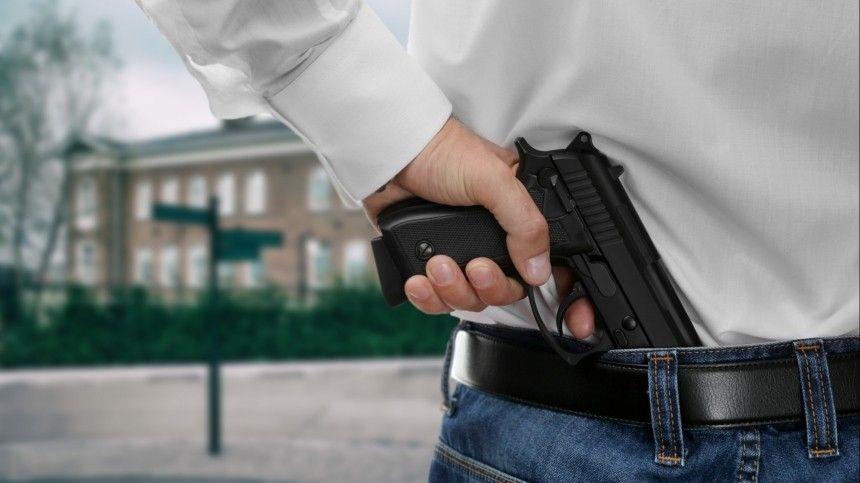 Путин поручил ужесточить правила оборота оружия после стрельбы в школе Казани