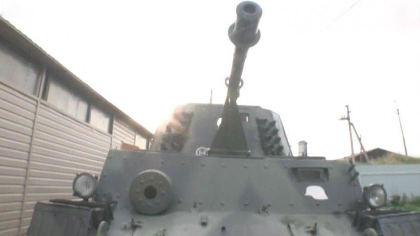 Пугающий урок: Уралец катал детей на «немецком танке» по деревне в День памяти и скорби