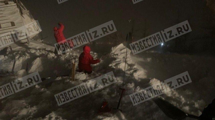 Молодая женщина найдена на месте схода лавины под Красноярском