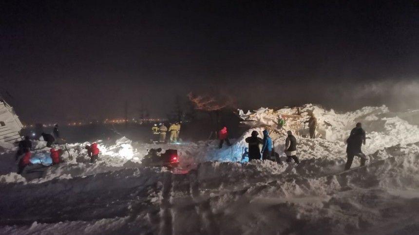 Спасенным из-под лавины под Красноярском оказался подросток. Он госпитализирован