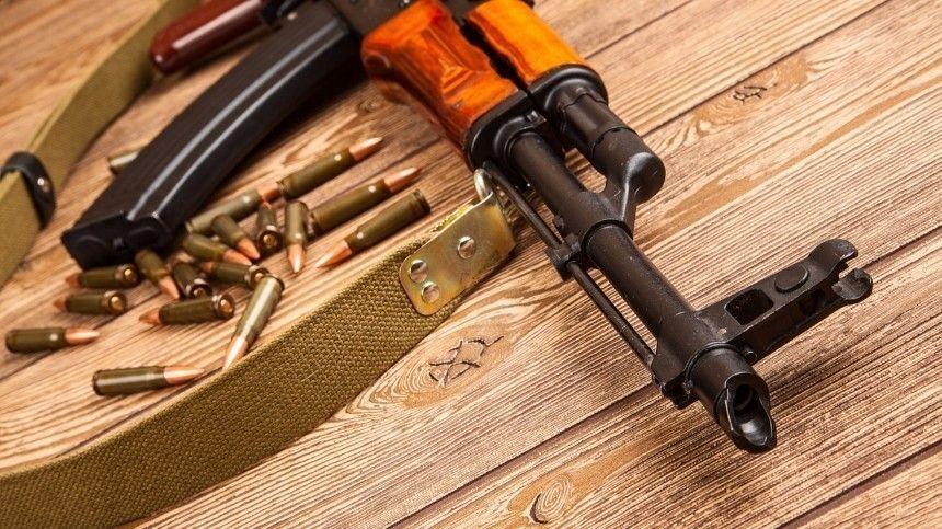 Трое жителей Твери устроили стрельбу в парке Петербурга