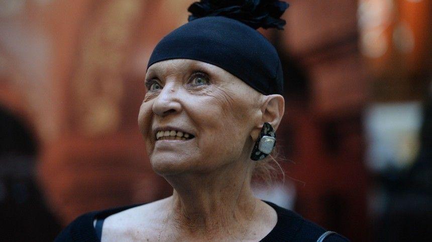 Не узнает друзей: подруга Светличной заявила, что у актрисы развилась деменция