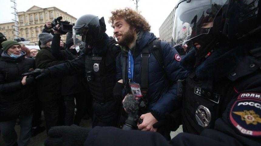 Блогера Илью Варламова отпустили после задержания на несанкционированной акции