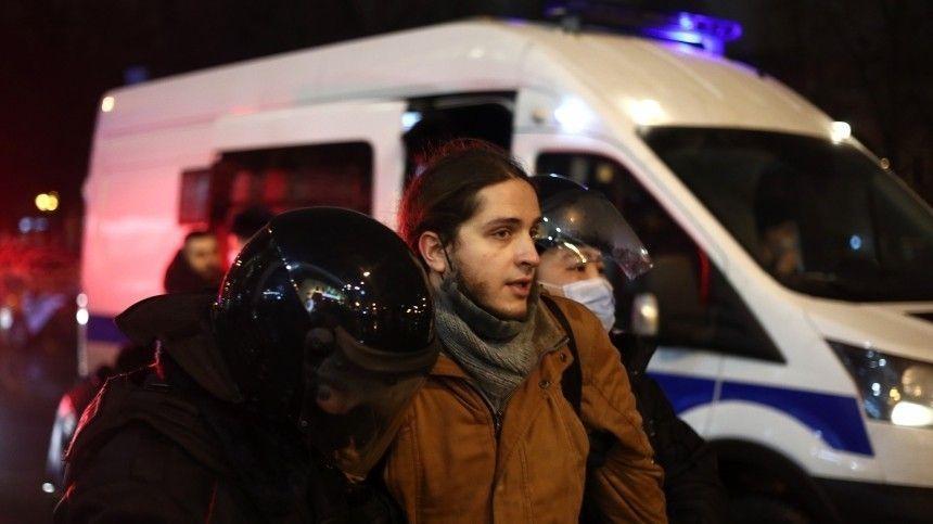 Суды над участниками незаконных субботних акций идут в городах России