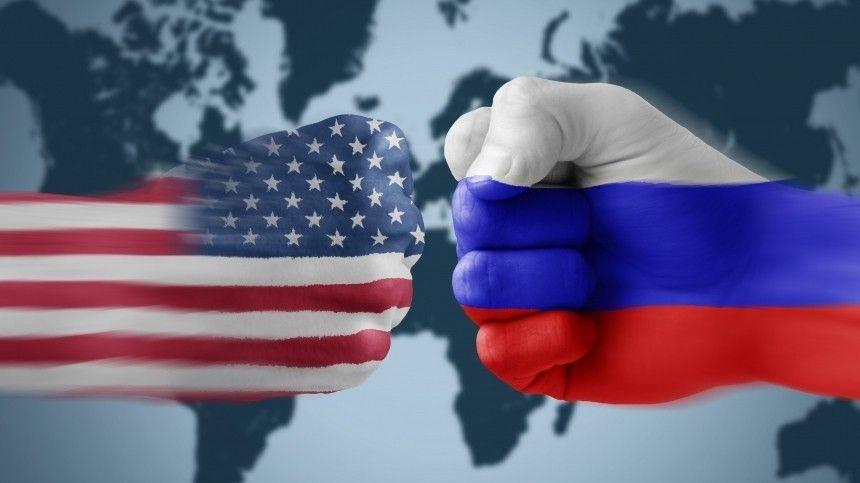 Адмирал США заявил об угрозе ядерной войны с Россией и Китаем