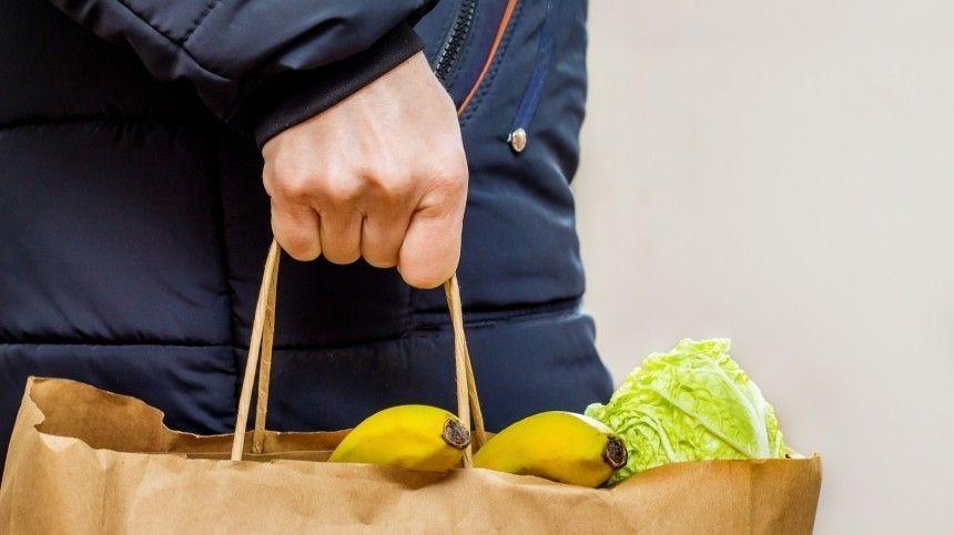 Директор одной из школ Каспийска признался, что выносил продукты из столовой