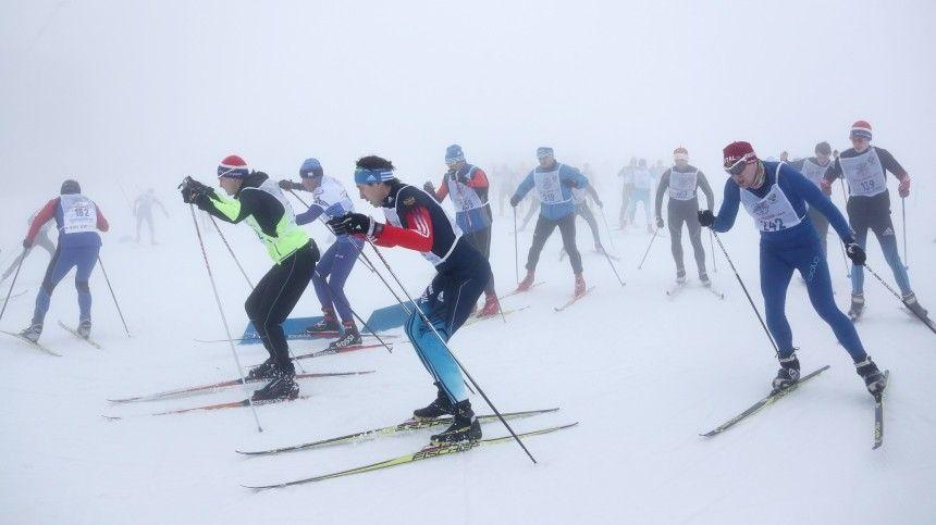На лыжах всей семьей: стартовал Всероссийский лыжный забег «Большой перемены»