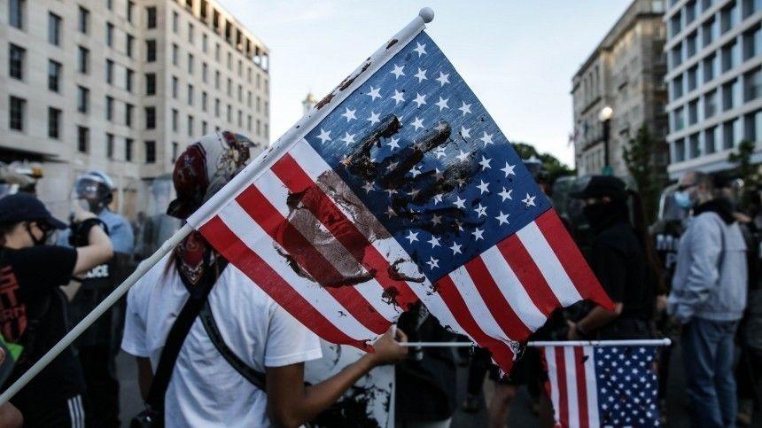 «Америка превращается в антиутопию»: Пушков заявил о тоталитарной революции в США