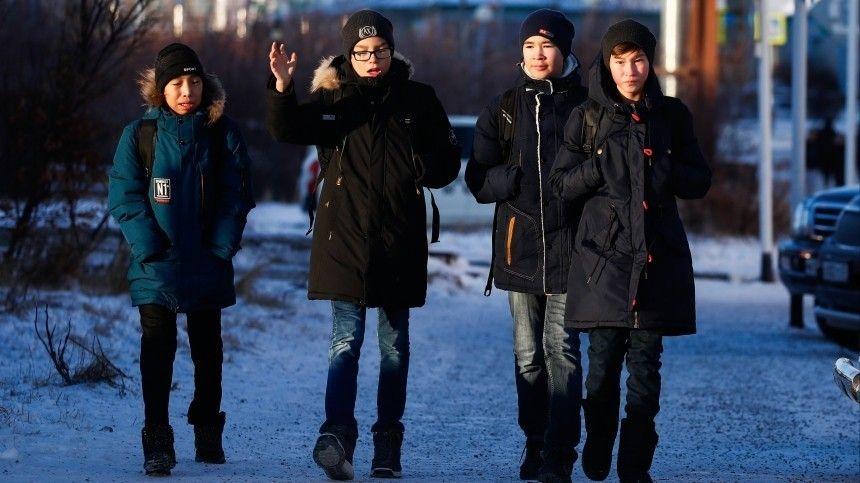 На Дальнем Востоке массово эвакуируют школьников и отменяют занятия
