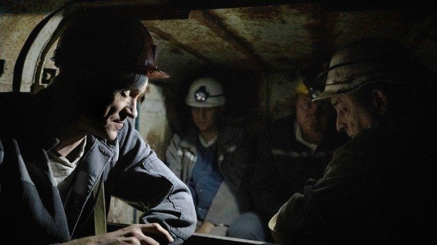 На шахте в Кузбассе обрушилась порода, горняки экстренно эвакуируются