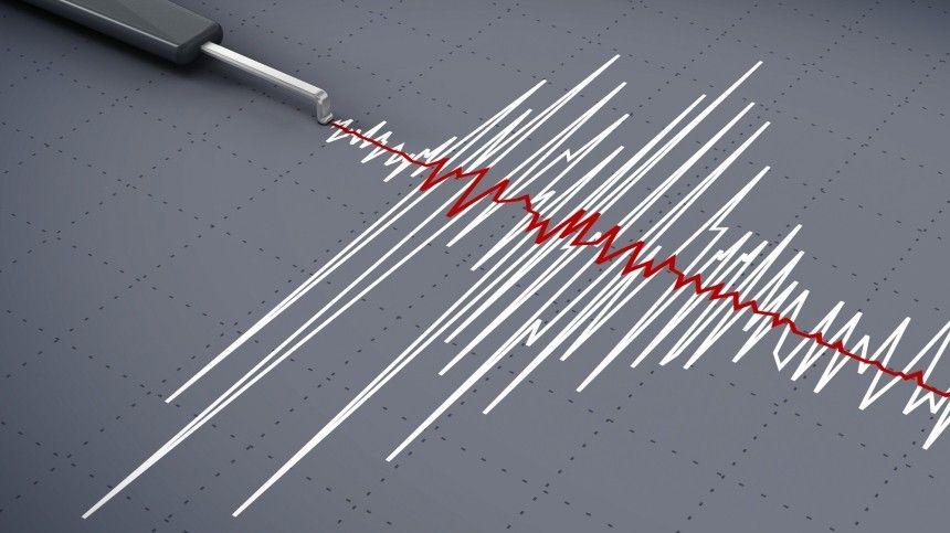Блэкаут и остановка поездов: последствия двух землетрясений в Японии — видео