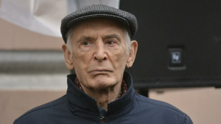 «Выжимали до последней капли»: Лановой стал жертвой обмана перед смертью