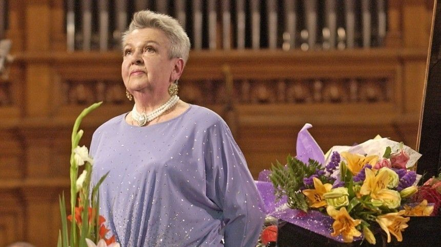 Певица Людмила Лядова госпитализирована в Москве