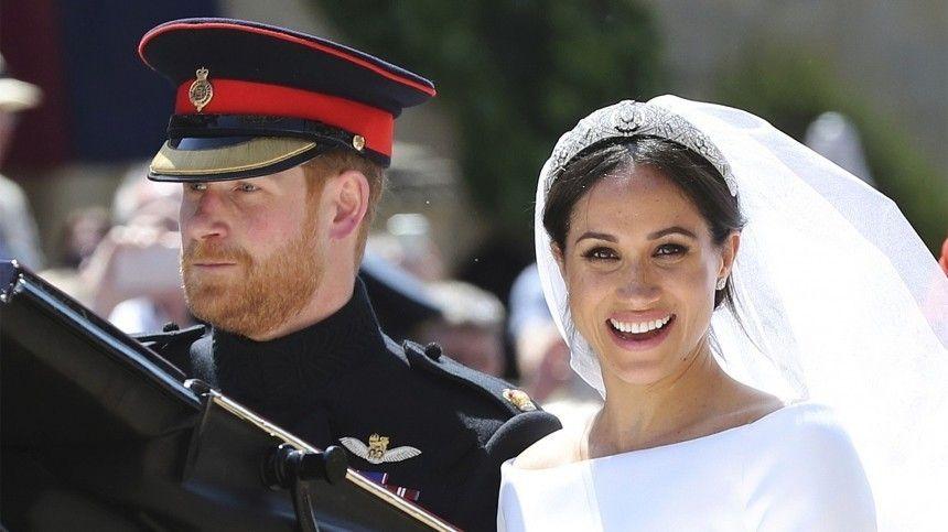 Принц Гарри и Меган Маркл тайно расписались за три дня до «королевской» свадьбы