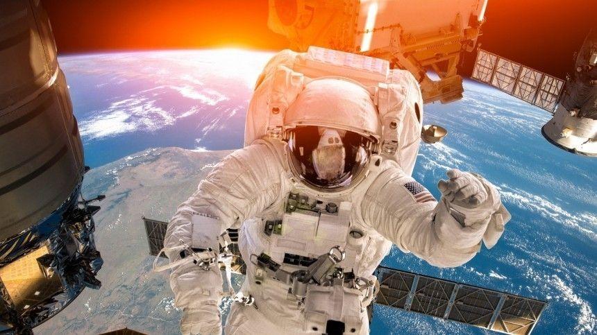Вторая трещина готова: космонавты продолжают ремонтные работы на МКС
