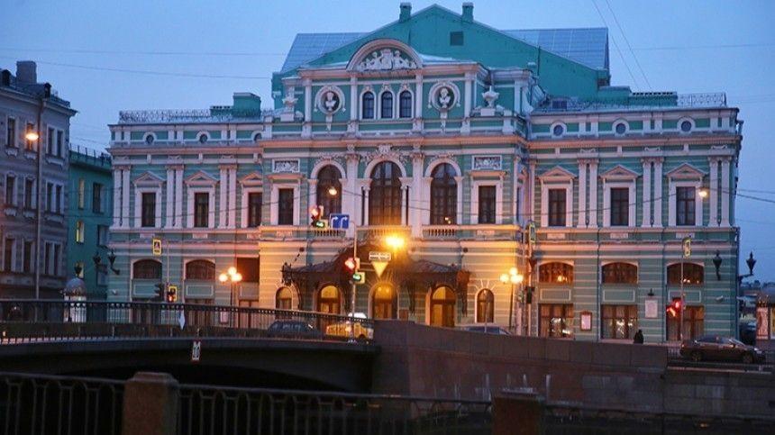 Кровля протекла, подвалы затопило: БДТ в Петербурге закрывается на ремонт