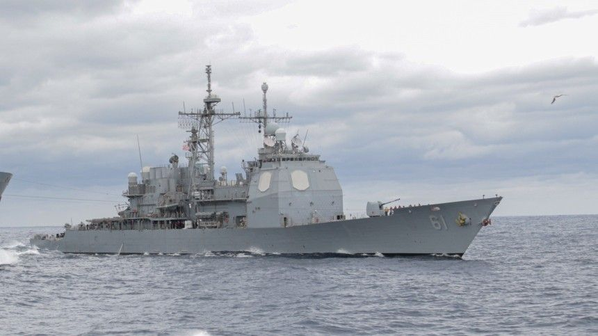Черноморский флот РФ следит за действиями крейсера «Монтерей» ВМС США — видео