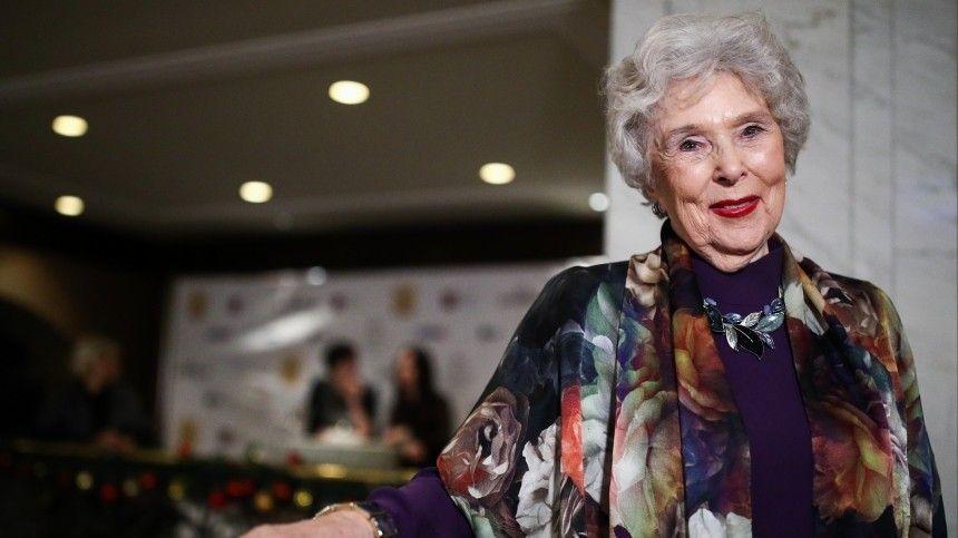 Звезда фильма «Чук и Гек» Вера Васильева привилась от COVID в 95 лет