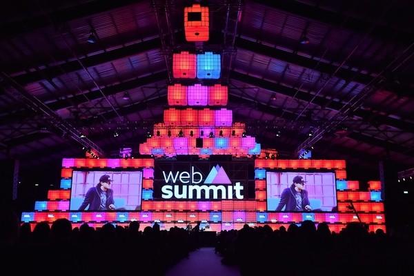 Форум Web Summit в 2021 году состоится «вживую»