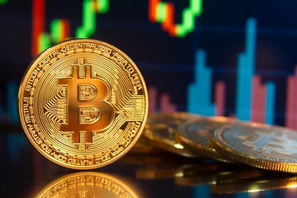 Курс биткоина установил новый рекорд около 42 тысячи долларов