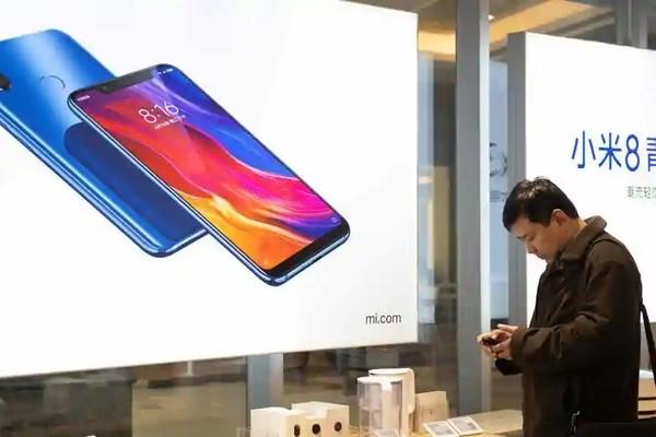Продажи смартфонов в Китае резко выросли