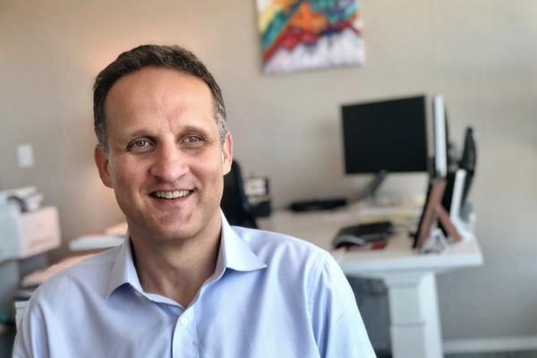 Адам Селипски возвращается в AWS