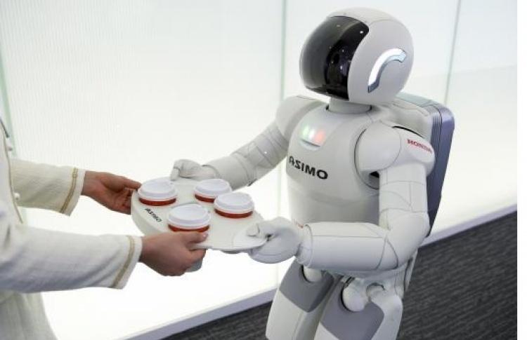 Российские ученые создали робота для дистанционного приема анализов на COVID-19