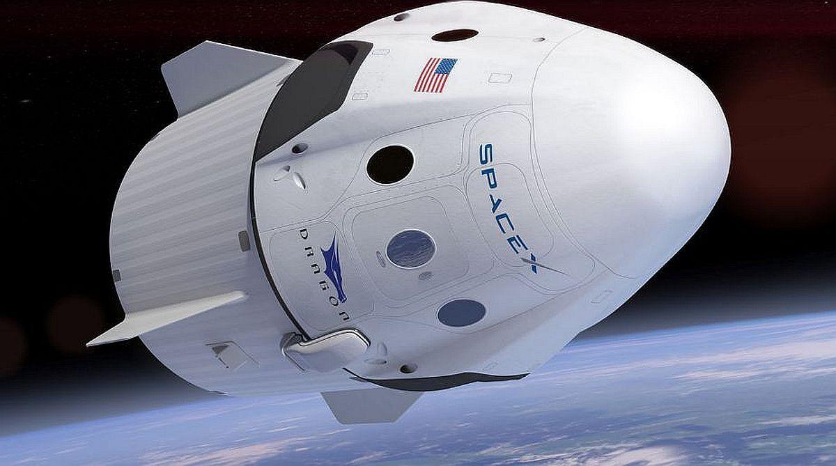 Видео со стыковкой корабля SpaceX с МКС попало в сеть
