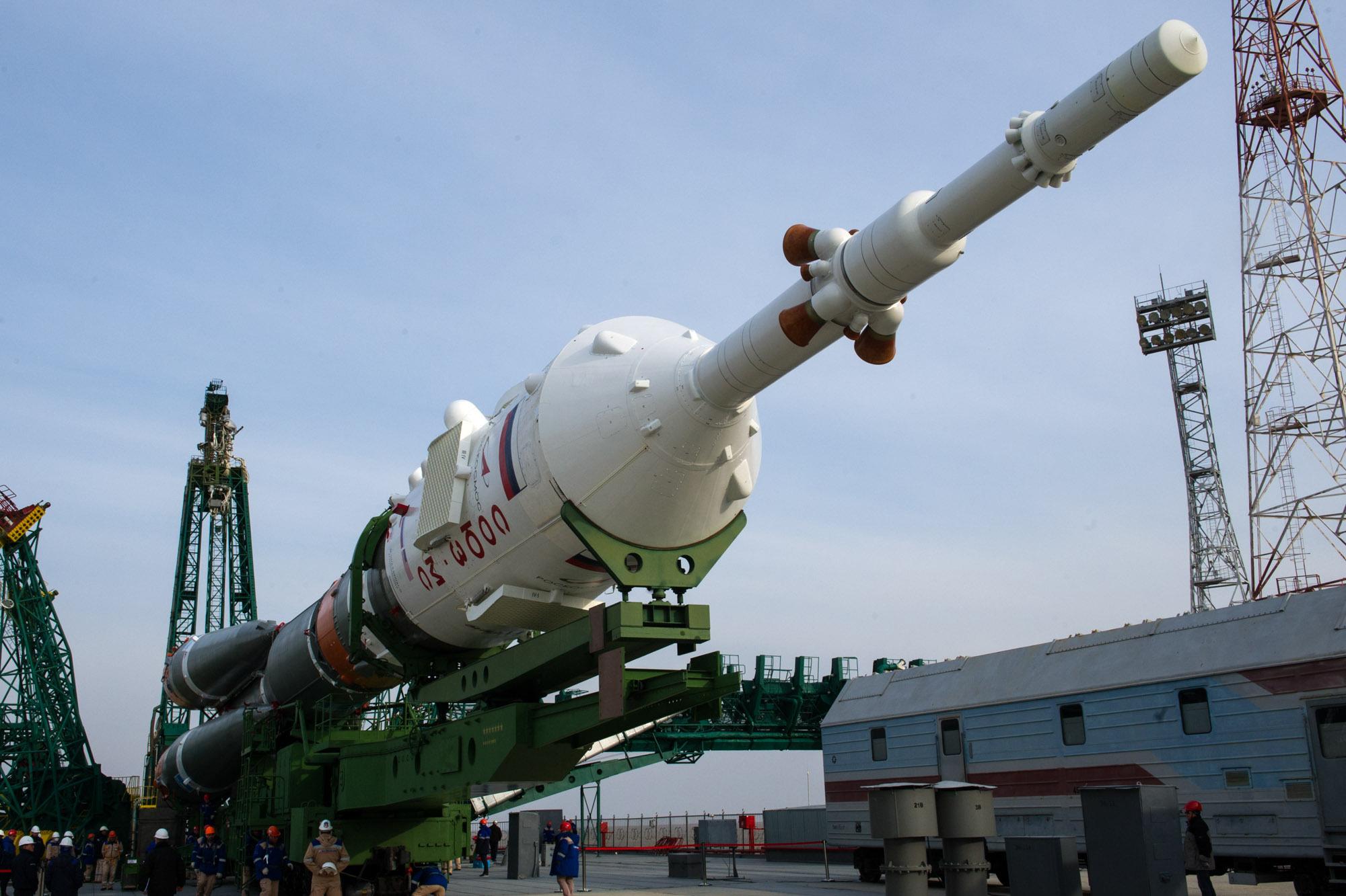 В Роскосмосе задумались о запуске спутников из пушки