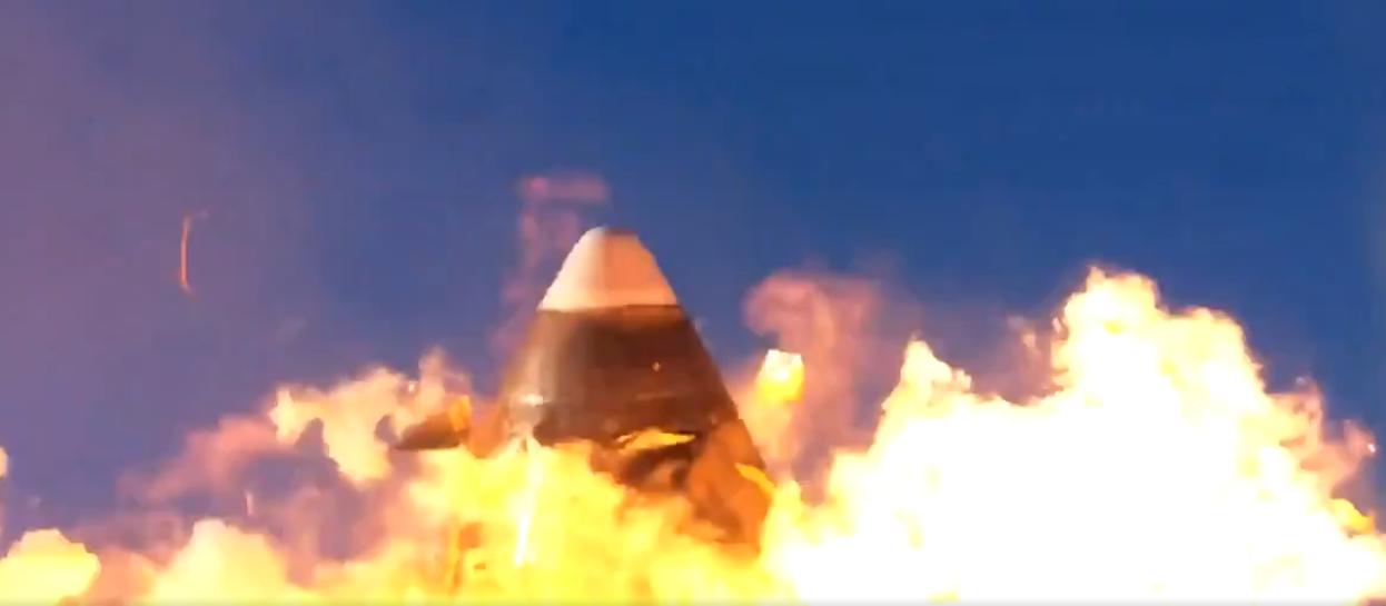 Илон Маск назвал успешным запуск прототипа корабля Starship, взорвавшегося на финальном этапе