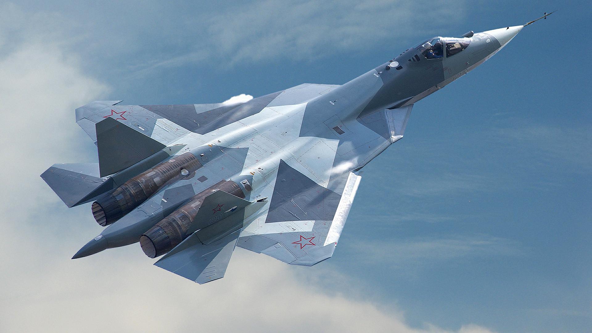 На видео показали первый серийный российский истребитель Су-57 для ВКС