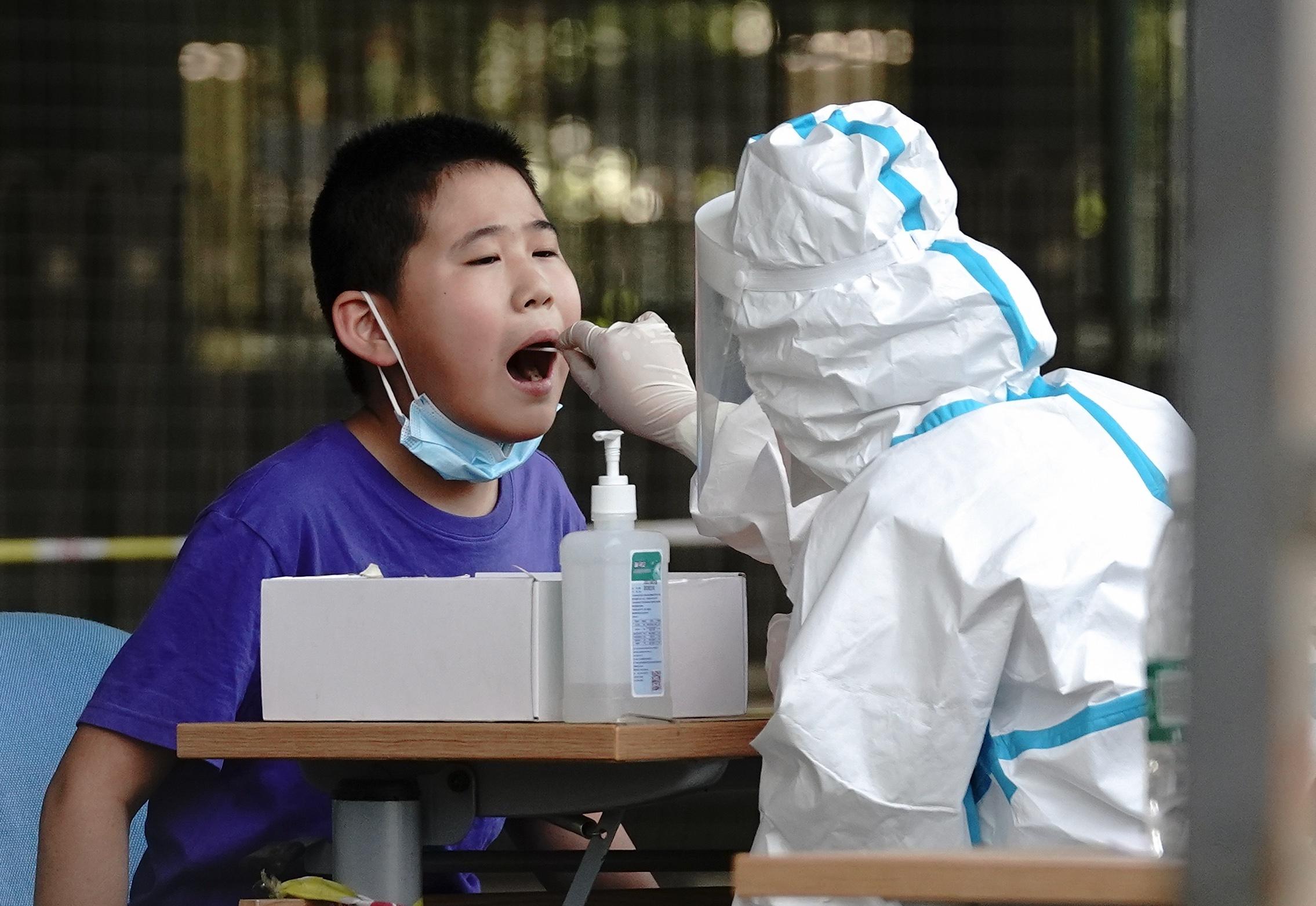 Китай пытается сделать из коронавируса гостайну
