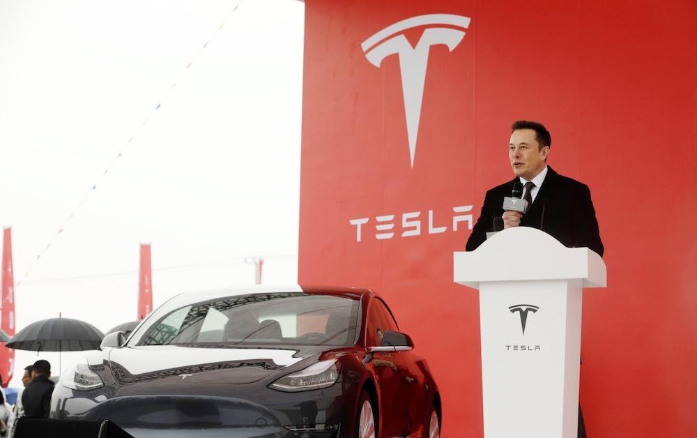 Tesla подорожала на 383 миллиарда рублей за сутки