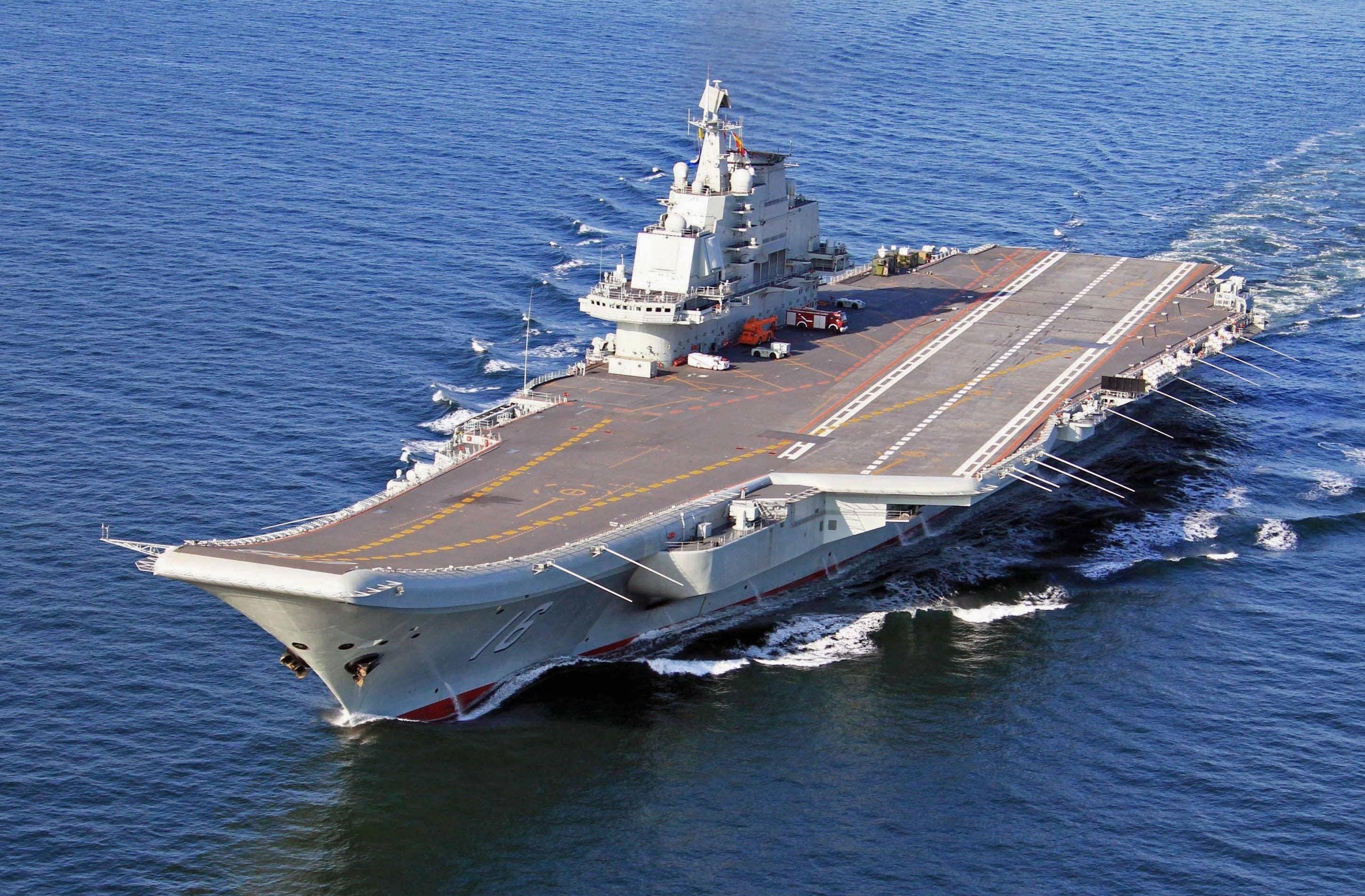 Китай готовится к строительству самого большого авианосца в мире