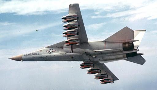 Эксперт рассказал, заменой какому боевому самолёту мог стать бомбардировщик FB-111