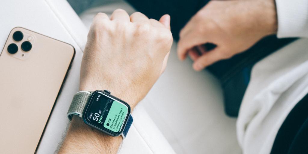 Владелец Apple Watch спасся от утопления благодаря часам