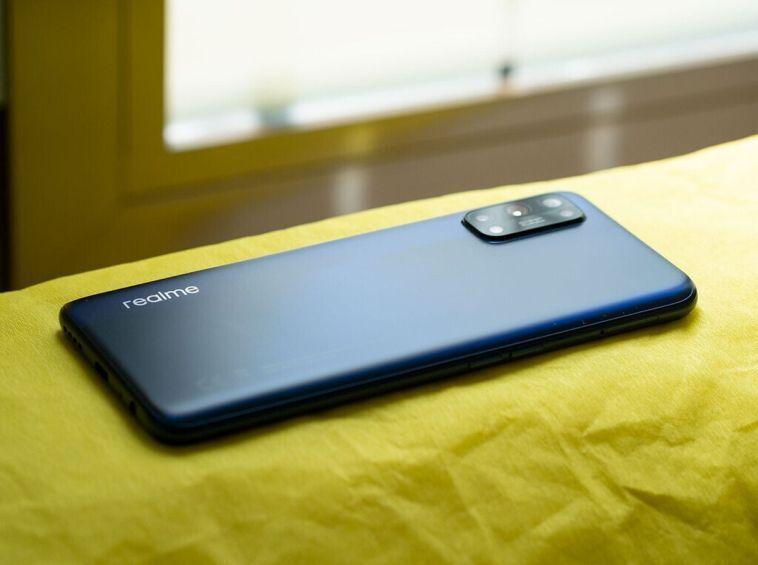 Новый флагманский смартфон Realme получит сверхбыстрый дисплей