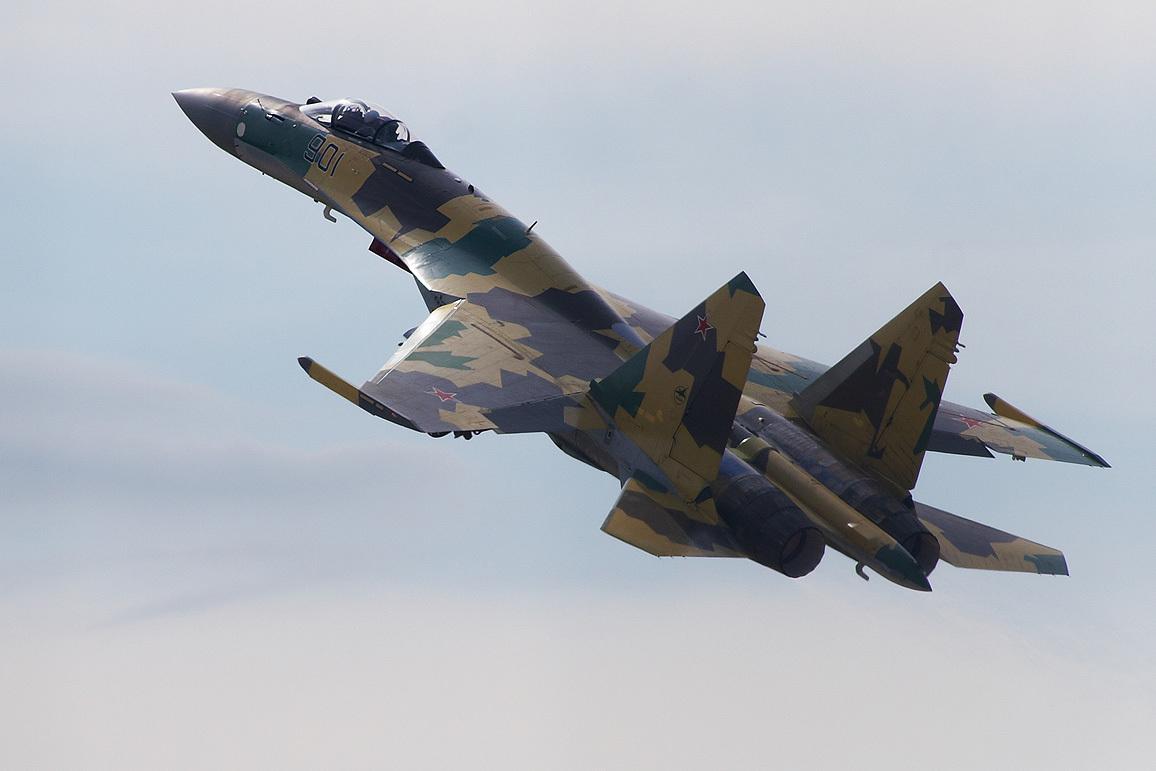 Раскрыты преимущества российского Су-35 и американского F-15ЕX в воздушном бою
