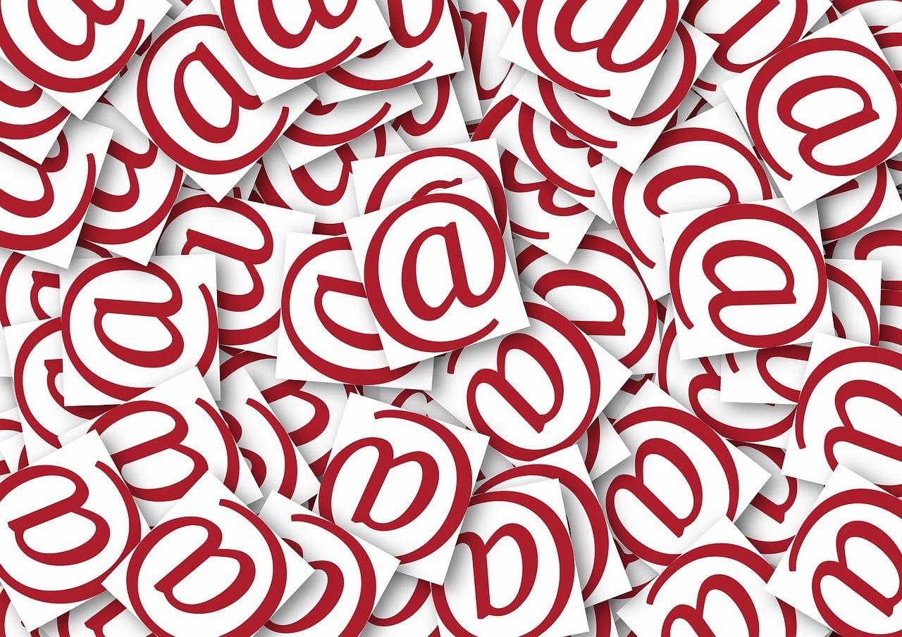 Названы самые популярные темы для email-спама в России
