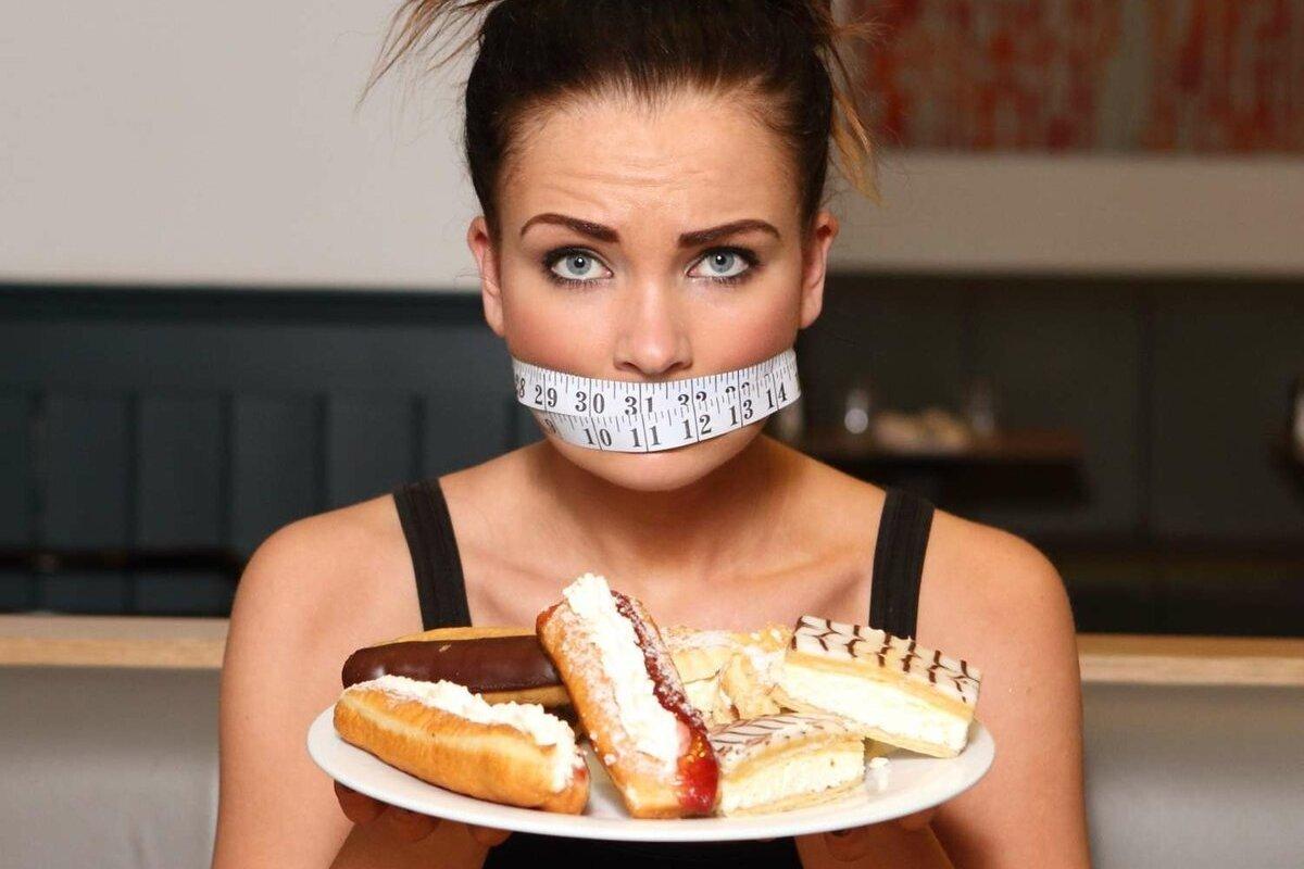 Врач рассказала, как справиться с тягой к сладкому во время похудения
