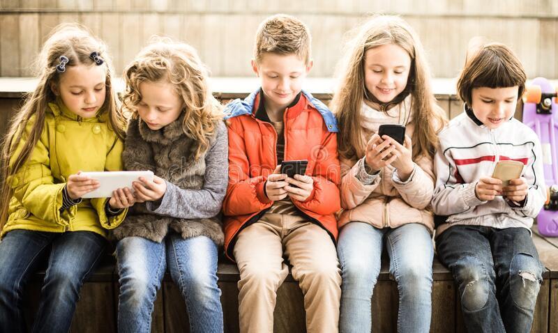 Мобильная игра помогла детям отказаться от вредной еды