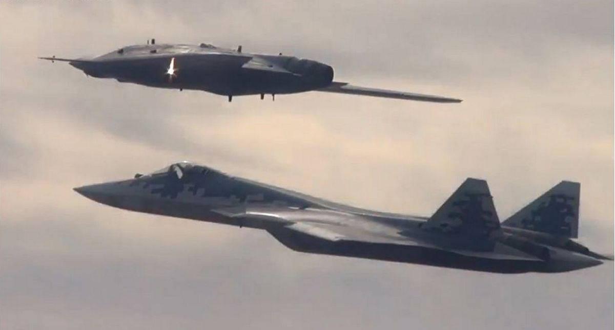 В России началась постройка трёх новейших беспилотников С-70 «Охотник»